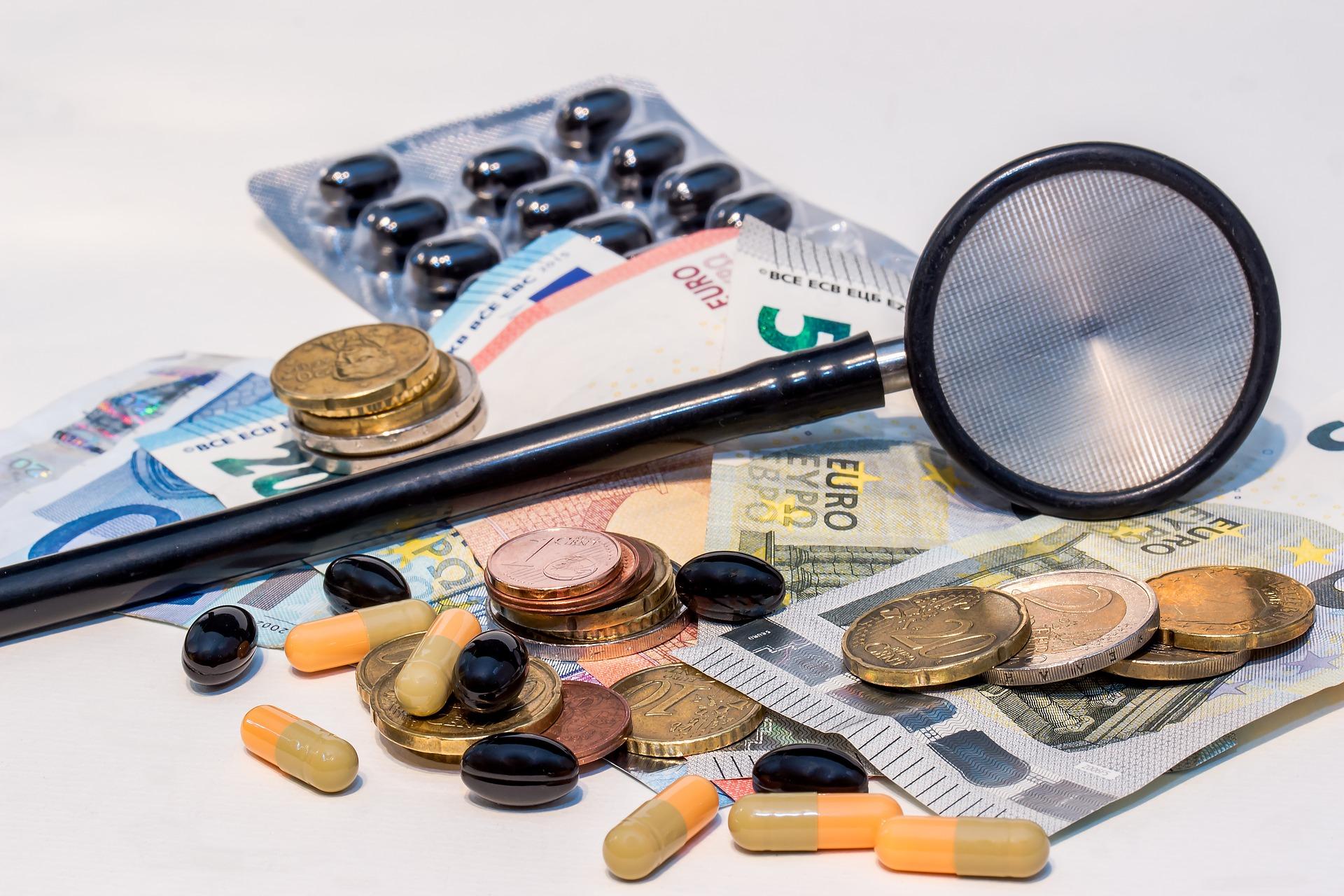 介護保険料の増加、社会保険、税金、