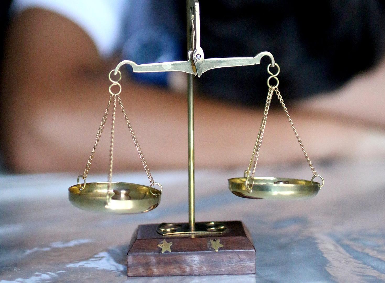 社会保険控除の手続きは「年末調整」または「確定申告」で行う