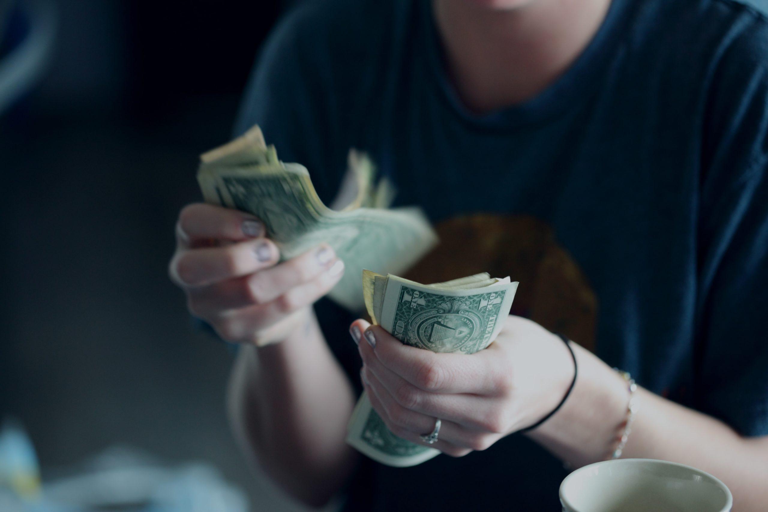 必要な自己資金は「頭金」+「諸費用」