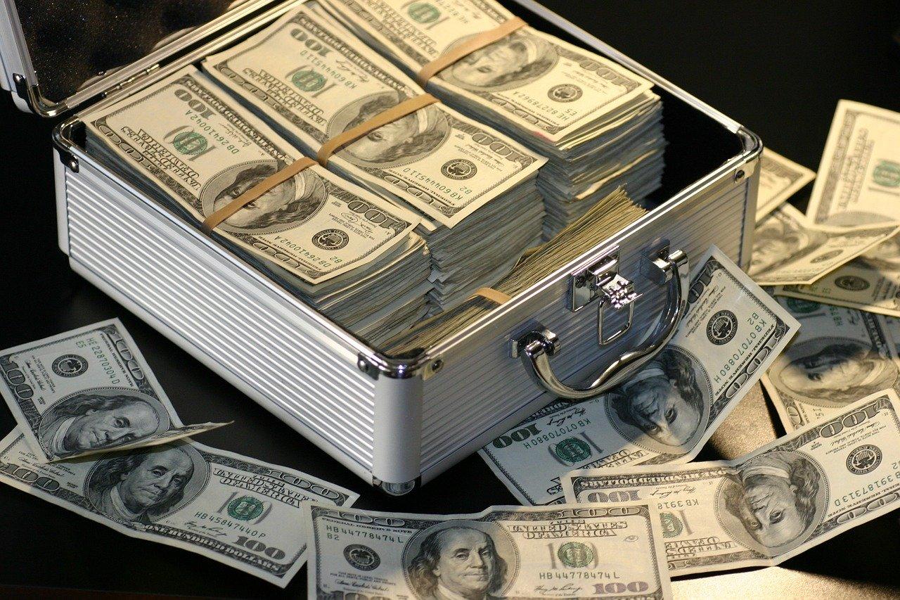 個人投資家の資金が国外へシフト。1.4兆円流出、日本経済はオワコンなのか?